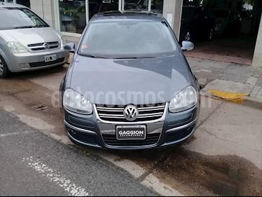 Foto venta Auto Usado Volkswagen Vento 2.5 FSI Advance Plus (2008) color Gris Platino