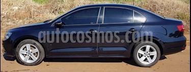 Foto Volkswagen Vento 2.5 FSI Advance Plus usado (2015) color Azul Noche precio $628.000