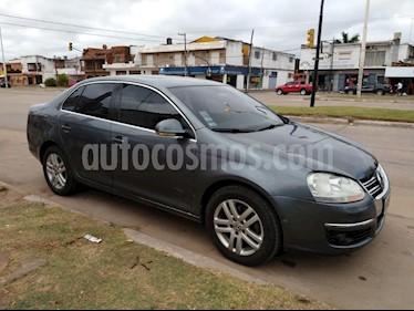 Foto venta Auto usado Volkswagen Vento 2.5 FSI Luxury (170Cv) (2010) color Gris Oscuro precio $285.000