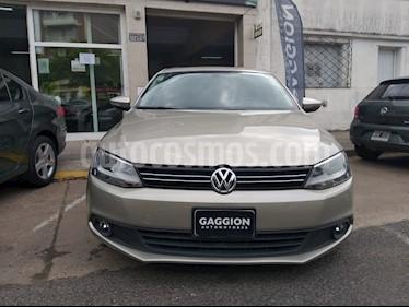 Foto venta Auto usado Volkswagen Vento 2.5 FSI Luxury (170Cv) (2013) color Beige Trigo