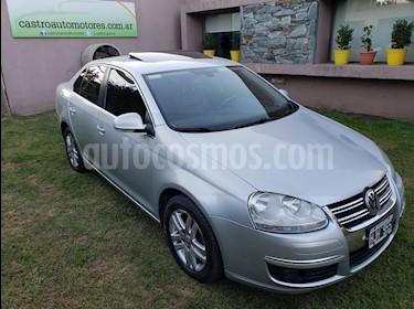Foto venta Auto usado Volkswagen Vento 2.5 FSI Luxury (170Cv) (2008) color Gris Claro precio $270.000