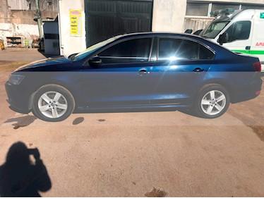 Foto Volkswagen Vento 2.5 FSI Luxury (170Cv) usado (2012) color Azul Sombra precio $350.000