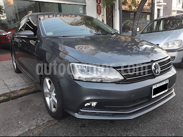 Volkswagen Vento 2.5 FSI Luxury (170Cv) usado (2015) color Gris Platinium precio $699.000