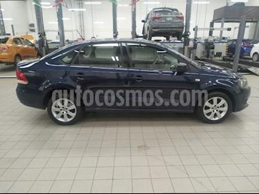 foto Volkswagen Vento 4p Active L4/1.6 Aut usado (2015) color Azul precio $165,000