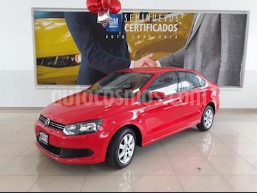 foto Volkswagen Vento 4p Active L4/1.6 Aut usado (2014) color Rojo precio $133,900