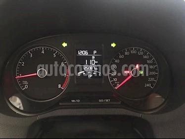 Foto Volkswagen Vento 4p Confortline L4/1.6 Aut usado (2017) precio $185,000