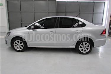 Foto venta Auto usado Volkswagen Vento 4p Confortline L4/1.6 Man (2016) color Plata precio $139,900