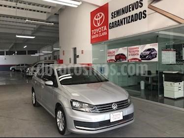 Foto venta Auto usado Volkswagen Vento 4p Confortline L4/1.6 Man (2017) color Plata precio $169,000