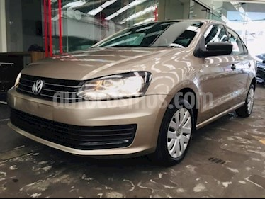 Foto Volkswagen Vento 4p Starline L4/1.6 Aut usado (2017) color Beige precio $149,000