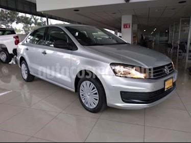 Foto Volkswagen Vento 4p Starline L4/1.6 Aut usado (2017) color Plata precio $149,000