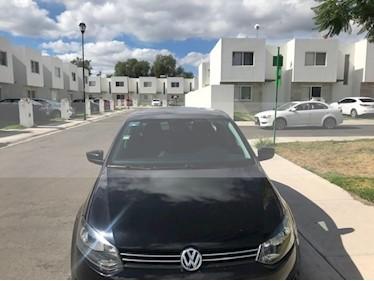 Volkswagen Vento Active Aut usado (2014) color Negro Profundo precio $124,000