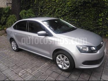 Volkswagen Vento Active Aut usado (2014) color Plata precio $139,000