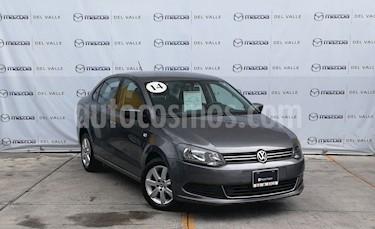 Foto venta Auto usado Volkswagen Vento Active (2014) color Gris precio $143,000