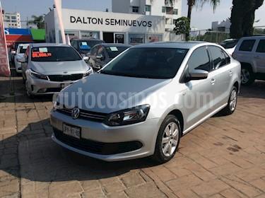 Foto venta Auto Seminuevo Volkswagen Vento Active (2014) color Plata precio $135,000