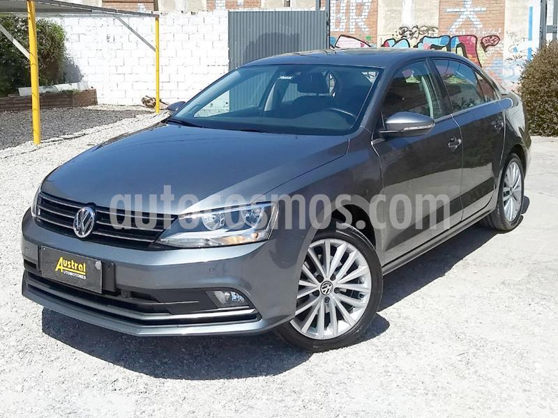 Volkswagen Vento 1.4 TSI Highline usado (2017) color Gris Oscuro precio $1.300.000