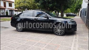 Volkswagen Vento 2.0 T FSI Sportline DSG usado (2013) color Negro precio $650.000