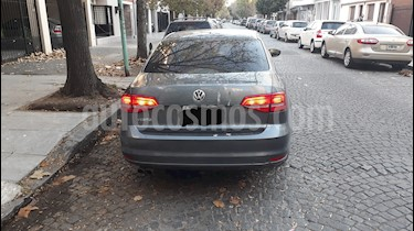 Volkswagen Vento 2.0 FSI Advance Summer Package usado (2015) color Gris precio $725.000