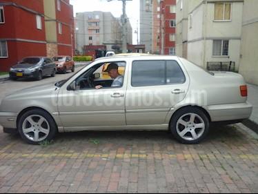 Volkswagen Vento 1.6L Comfortline  usado (1999) color Plata precio $10.000.000
