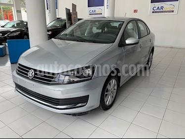 Foto venta Auto usado Volkswagen Vento Comfortline Aut (2018) color Plata precio $176,900
