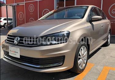Foto venta Auto usado Volkswagen Vento Comfortline Aut (2018) color Beige precio $235,891