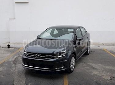 Foto Volkswagen Vento Comfortline Aut usado (2018) color Gris precio $220,000