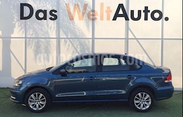 Foto venta Auto usado Volkswagen Vento Comfortline Aut (2018) color Azul Noche precio $224,000