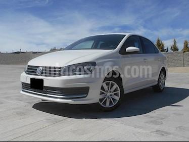 Foto venta Auto usado Volkswagen Vento Comfortline Aut (2017) color Blanco Candy precio $175,000
