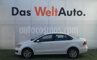 Foto venta Auto usado Volkswagen Vento Comfortline Aut (2018) color Blanco Candy precio $231,000