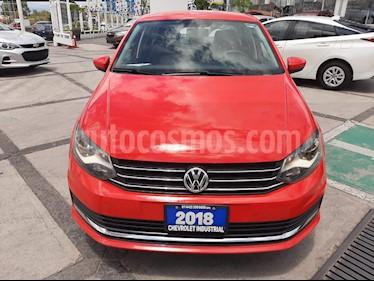 Foto Volkswagen Vento Comfortline Aut usado (2018) color Rojo precio $222,000