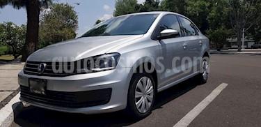 Foto Volkswagen Vento Comfortline Aut usado (2017) color Plata precio $145,000