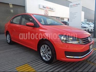 Foto venta Auto Seminuevo Volkswagen Vento Comfortline Aut (2018) color Rojo Flash precio $230,000