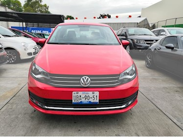 Volkswagen Vento Comfortline Aut usado (2018) color Rojo precio $188,500
