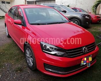 Foto venta Auto usado Volkswagen Vento Comfortline Aut (2016) color Rojo Flash precio $152,500