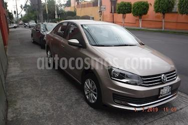 Volkswagen Vento Comfortline Aut usado (2017) color Beige Metalico precio $165,000