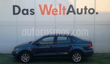 Foto venta Auto usado Volkswagen Vento Comfortline Aut (2018) color Azul precio $230,000