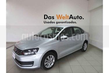 Foto Volkswagen Vento Comfortline Aut usado (2019) color Plata precio $211,489