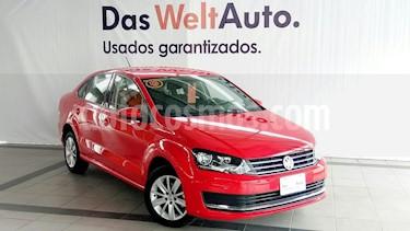 Foto venta Auto usado Volkswagen Vento Comfortline Aut (2018) color Rojo Flash precio $215,000