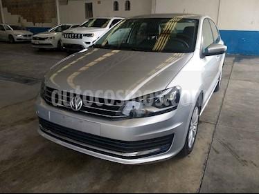 Foto Volkswagen Vento Comfortline Aut usado (2019) color Plata precio $199,800