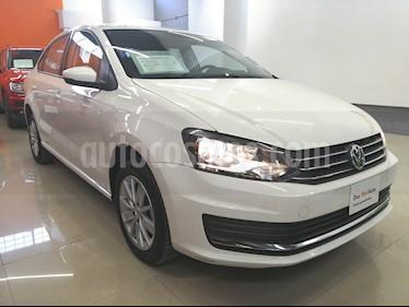 Foto venta Auto usado Volkswagen Vento Comfortline Aut (2017) color Blanco Candy precio $195,000