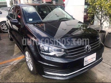 Foto Volkswagen Vento Comfortline TDI DSG usado (2019) color Gris precio $242,000