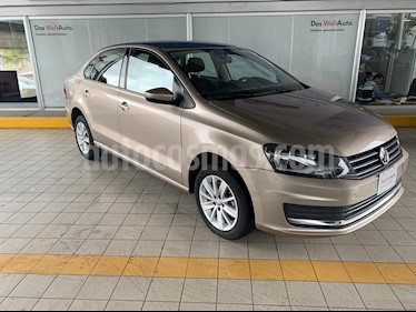 Foto Volkswagen Vento Comfortline TDI usado (2019) color Beige Metalico precio $244,900