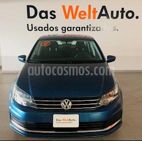 Foto Volkswagen Vento Comfortline TDI usado (2019) color Azul precio $238,000