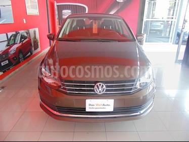 Foto venta Auto usado Volkswagen Vento Comfortline (2018) color Marron precio $210,000
