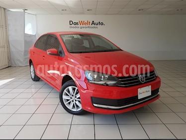 Foto venta Auto usado Volkswagen Vento Comfortline (2018) color Rojo Flash precio $209,900