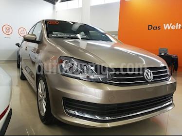 Foto venta Auto usado Volkswagen Vento Comfortline (2018) color Beige Metalico precio $198,000