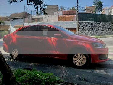 Foto Volkswagen Vento Comfortline usado (2016) color Rojo Flash precio $140,000