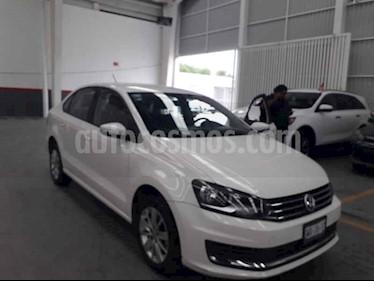 foto Volkswagen Vento Comfortline usado (2017) color Blanco precio $155,000