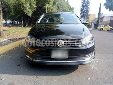 Foto Volkswagen Vento Comfortline usado (2016) color Negro Profundo precio $143,800