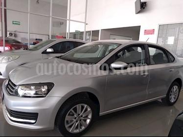 Foto venta Auto usado Volkswagen Vento Comfortline (2017) color Plata Reflex precio $175,000