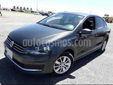 Volkswagen Vento Comfortline usado (2016) color Gris Carbono precio $148,000